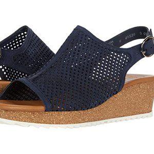 Paul Green $329 Cleo Wedge Sandals Space Sz 10